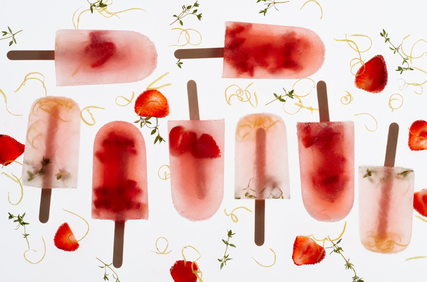 popsicles with strawberry and coconut