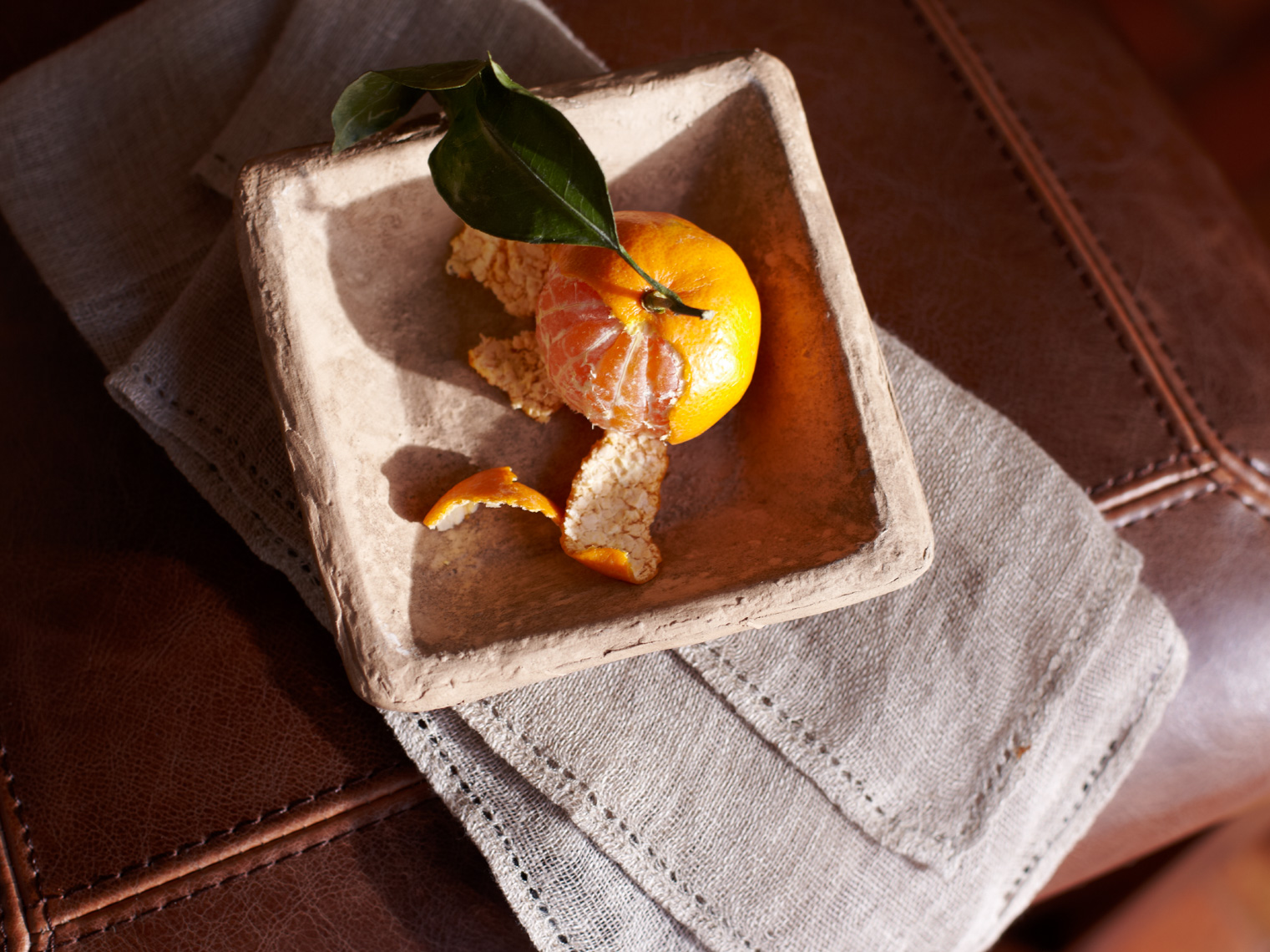 Orange in wood bowl hilip Harvey Photography, San Francisco, California, still life, interiors, food, lifestyle and product photography